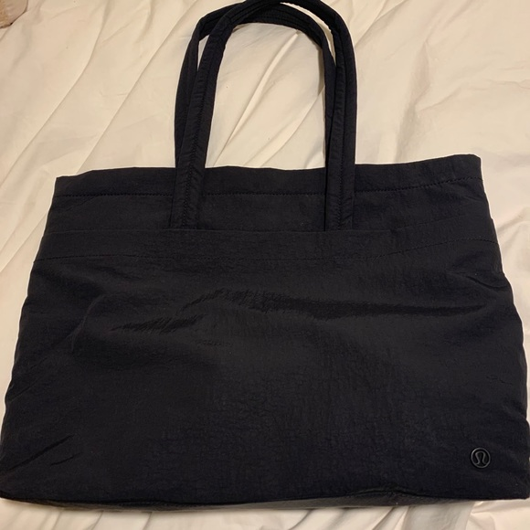 Lululemon On My Level Tote